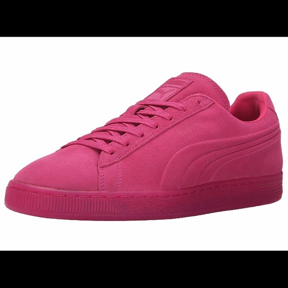 buy popular 82911 7806e Pink suede Pumas. Men's size 7/women's size 9.